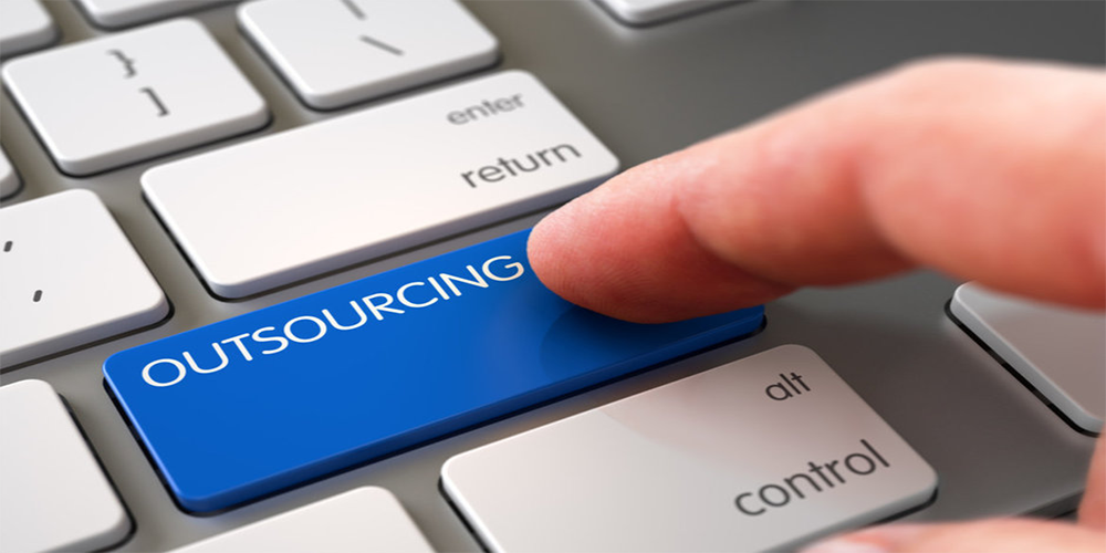 Outsourcing Vs In-House IT Management of Your Church